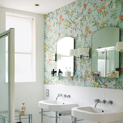 White Orchid in Aqua nonwoven wallpaper in a bathroom