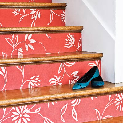 Ringwold wallpaper in stair risers