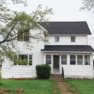 farmhouse in need of exterior makeover