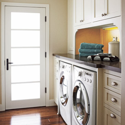Revamp a catchall 27 ideas for a fully loaded laundry - Mudroom laundry room designs ...