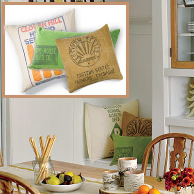 Holiday dining room throw pillows