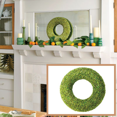 Holiday dining room wreath
