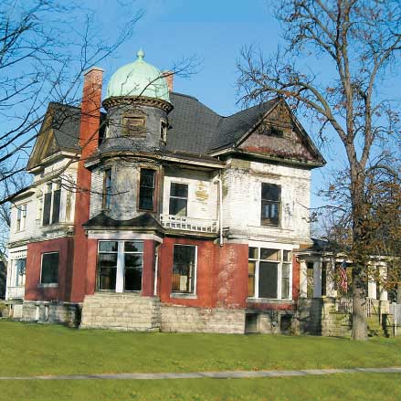 save this old house queen anne victorian in saginaw michigan