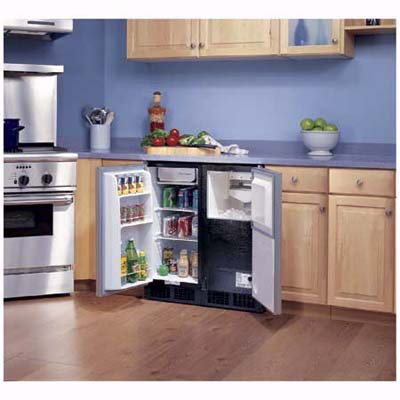 Ice-maker and undercounter beverage refrigerator from Scotsman
