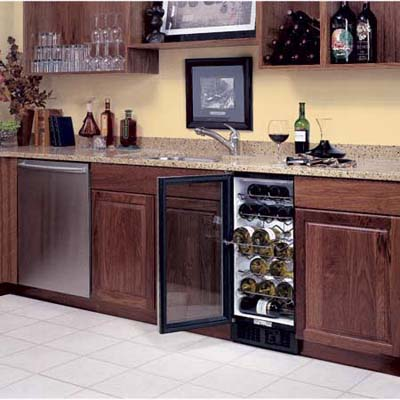 Scotsman 32-bottle capacity wine storage unit