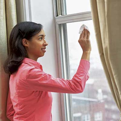 use a coffee filter to clean windows