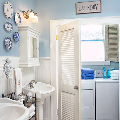 a laundry room in the bathroom
