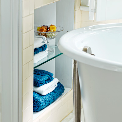 towel niche with glass shelves