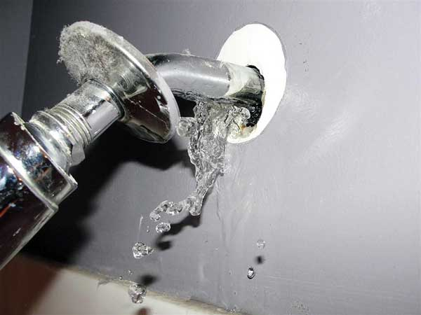 water shooting out of the wall behind the shower head  in the this old house Home Inspection Nightmares XXVIII gallery