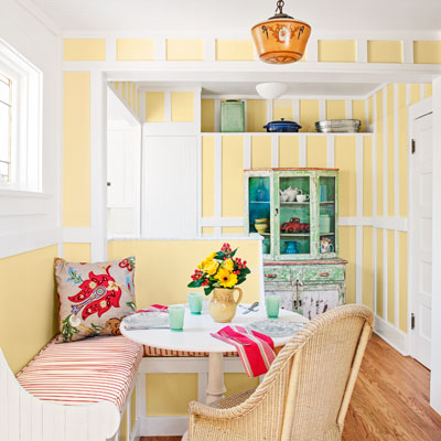 bungalow house breakfast nook with board-and-batten walls