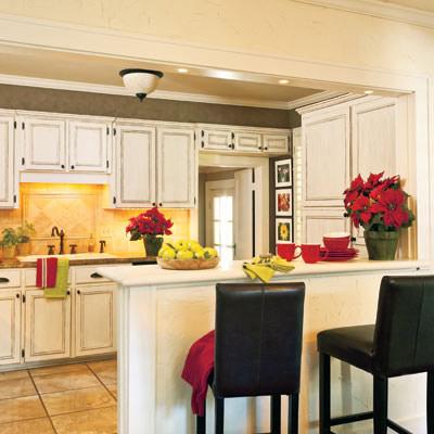 Peninsula Granite Countertops Cabinet Boxes Cottage Style Kitchen