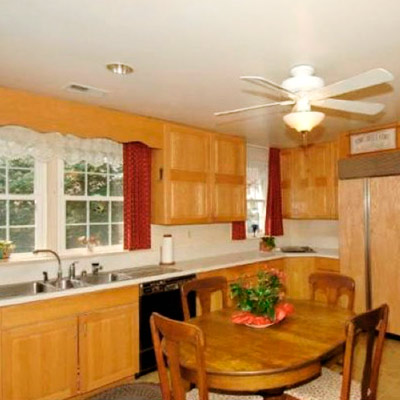 before image for TOH Reader Remodel Kitchen Winner 2012