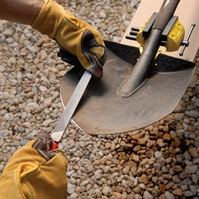 sharpening shovel 