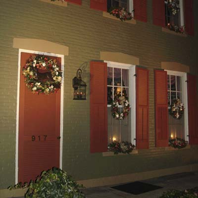 Traditional christmas house decorations