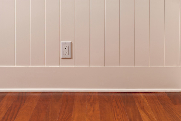 wall with wainscoting, 10 uses for wood flooring scraps