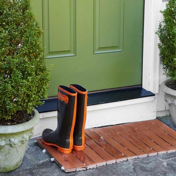 front entry with doormat made from wood floor scraps, 10 uses for wood flooring scraps