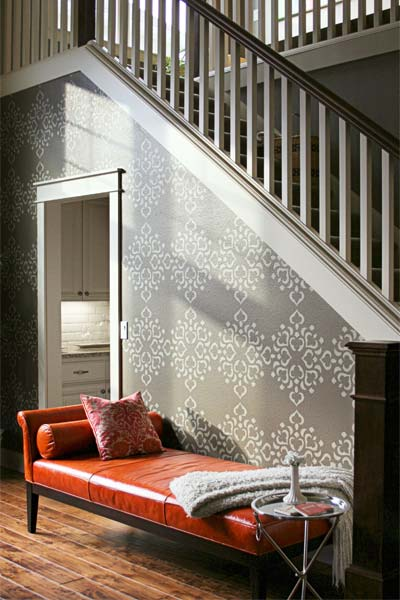 Dramatic Diamonds example of the Stencil on Wallpaper Look