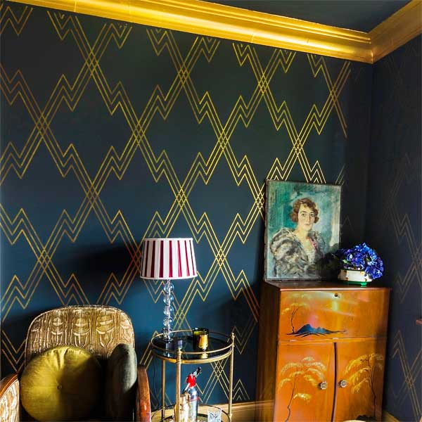 Deco Motif example of the Stencil on Wallpaper Look