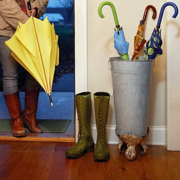 salvage project step by step umbrella stand with salvage tub feet