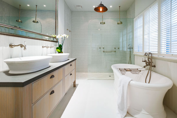 Bath: Matched set tub and sink from the TOH Top 100 Best New Home Products 2013