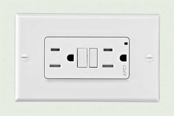 Home Tech: Safe wiring simplified receptacle from the TOH Top 100 Best New Home Products 2013