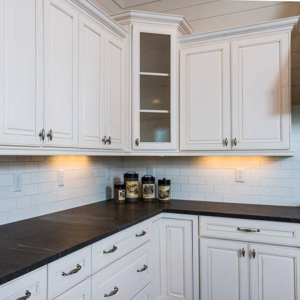 southern living this old house all american cottage kitchen with granite countertops and subway style backsplash tiles