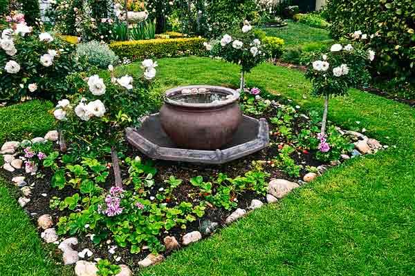 garden planning romantic gardens everbearing strawberries, roses