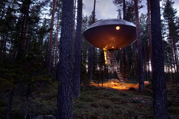 the ufo treehouse hotel at treehotel