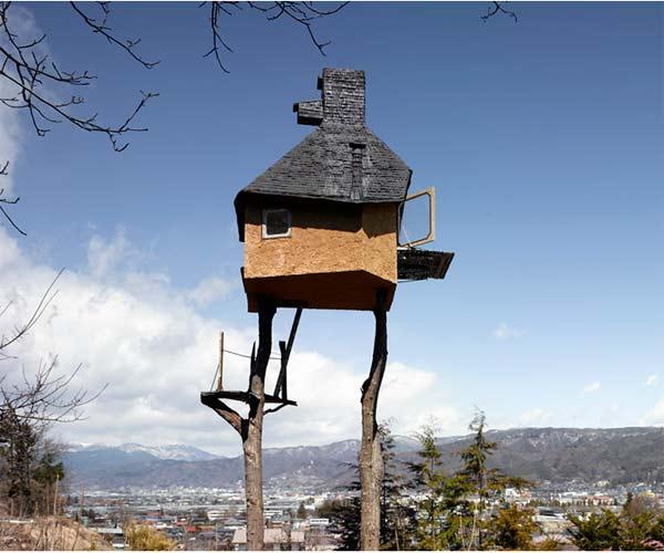 Takasugi-an treehouse tea house in japan