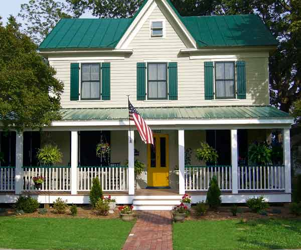 after of folk victorian exterior, curb appeal before and after