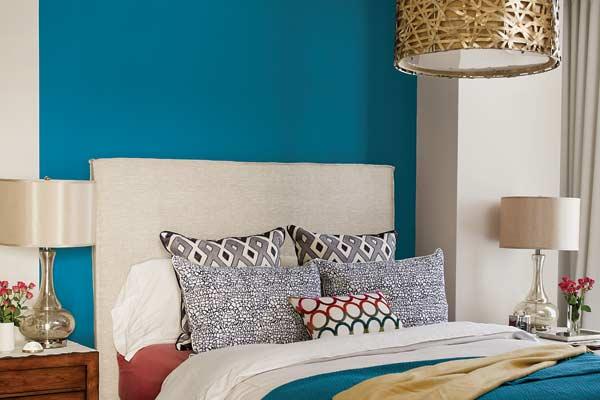 paints 39 blue paisley paint companies 39 favorite colors for 2015