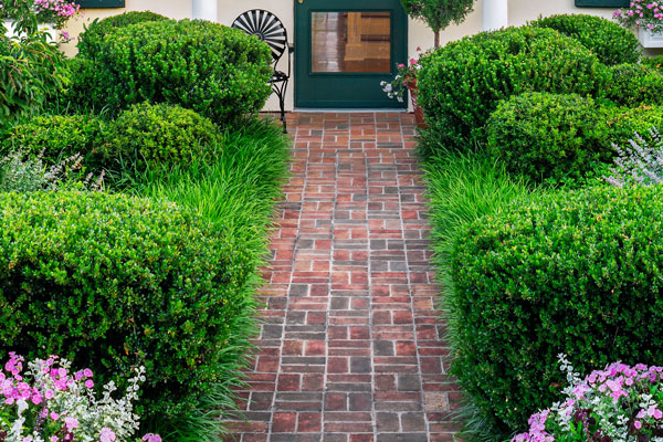 Quot Classic Quot Ideas To Steal Walkway Curb Appeal Ideas For