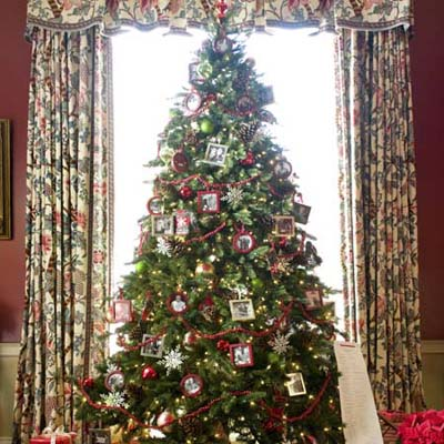 the Christmas tree at the Truman Room in the Blair House in Washington, DC