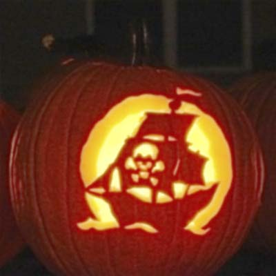 a pirate ship is this old house pumpkin carving contest winner