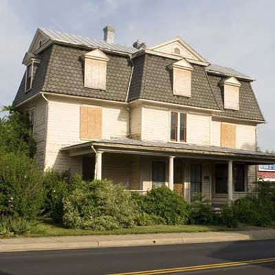 a house in Front Royal, Virginia for 1 dollar if relocated