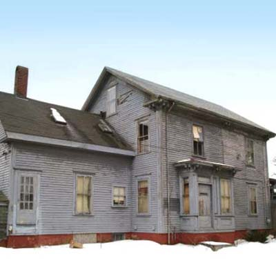 a house in Middleborough, Massachusetts for 1 dollar if relocated