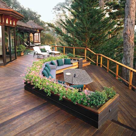 West Coast. Deck with curved seating, view over canyon