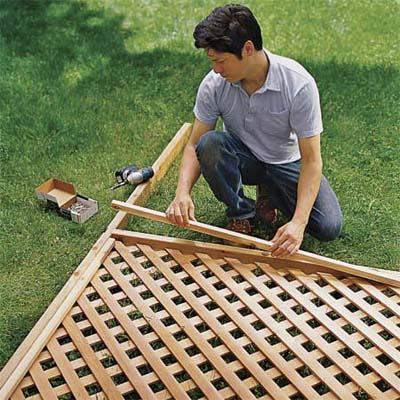 Building lattice panels plans diy free download simple for How to build a lattice screen fence