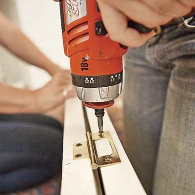 attaching no-mortice hinges to create with bifold by attaching two shutters together