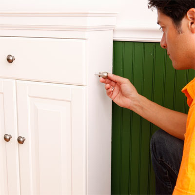 Install the Locking Pin to build a murphy bed for your dog