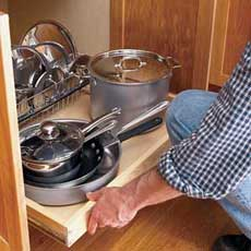 Installing a Pull-Out Kitchen Shelf Tout