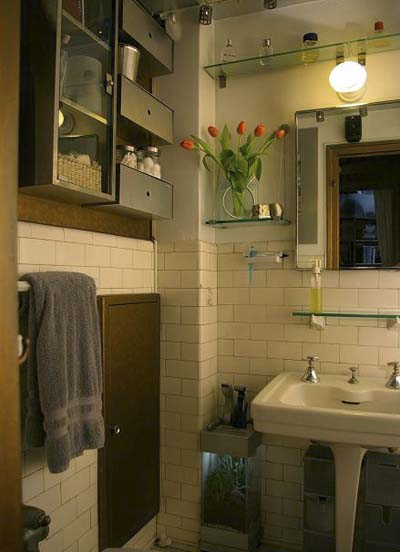 bathroom in studio apartment