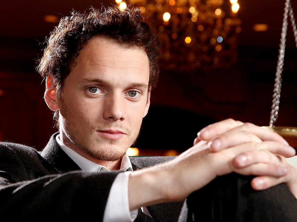 Anton Yelchin Dead at 27 After Car Accident : People.com
